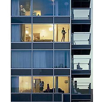 Ellen Kooi ovan Rotterdam: Ett glas Tower av Wiel Arets & nio situationer av Katrien Van Den Brande