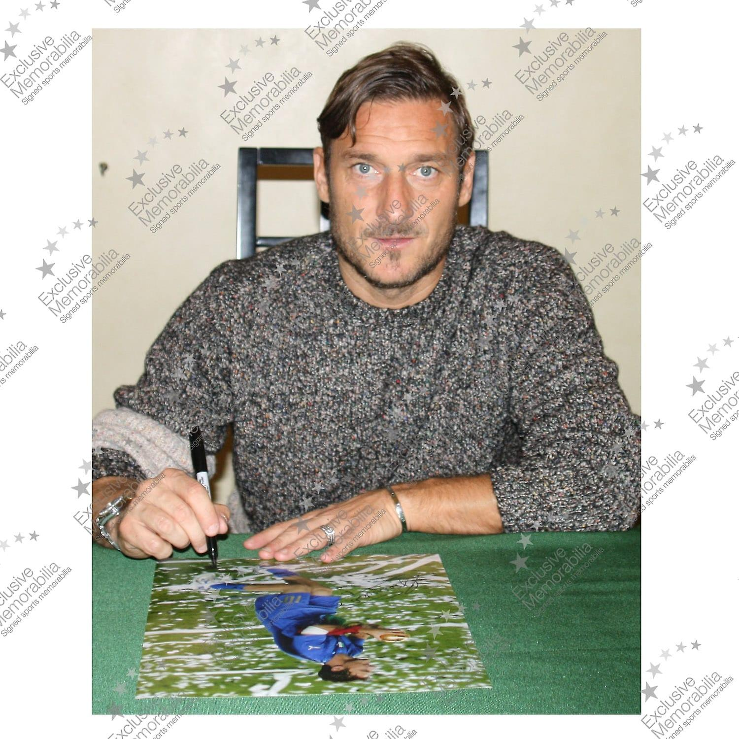 Francesco Totti Signed Italy Photo: 2006 World Cup Winner. Deluxe Frame