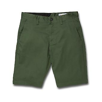 Volcom Frickin Modern Stretch Chino Shorts en Cilantro Green