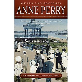 Southampton Row (Charlotte & Thomas Pitt romaner (Häftad))