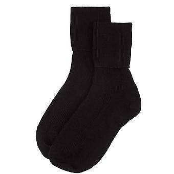 Johnstons of Elgin Ribbed Ankle Socks - Black