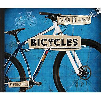 Bicycles by Patricia Lakin - 9781481478960 Book