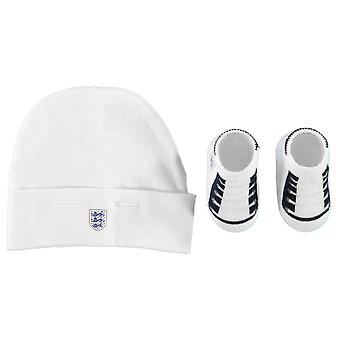 England Kids Hat and Bootie Set Babies