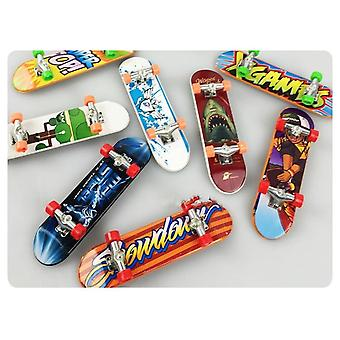 High-quality Cute Party Favor Children Mini Finger Board Alloy Skate Boarding Toys Gift (random Color 1pc)
