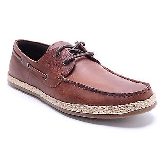 Sapatos de vela Mens de couro Tan de Ruskin de burocracia