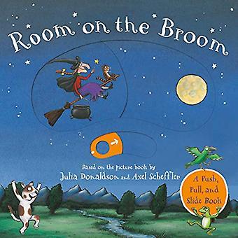Room on the Broom Push-Pull-Slide [Board book]