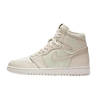 Nike Air Jordan 1 Retro High OG 555088 801 Mens Trainers
