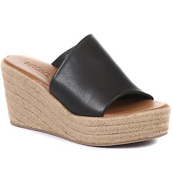 Inuovo Womens Adelyn Wedge Mule Sandals