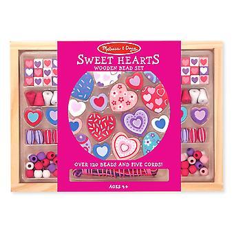 Melissa & Doug Sweet Hearts Träpärla Set med 120 + pärlor