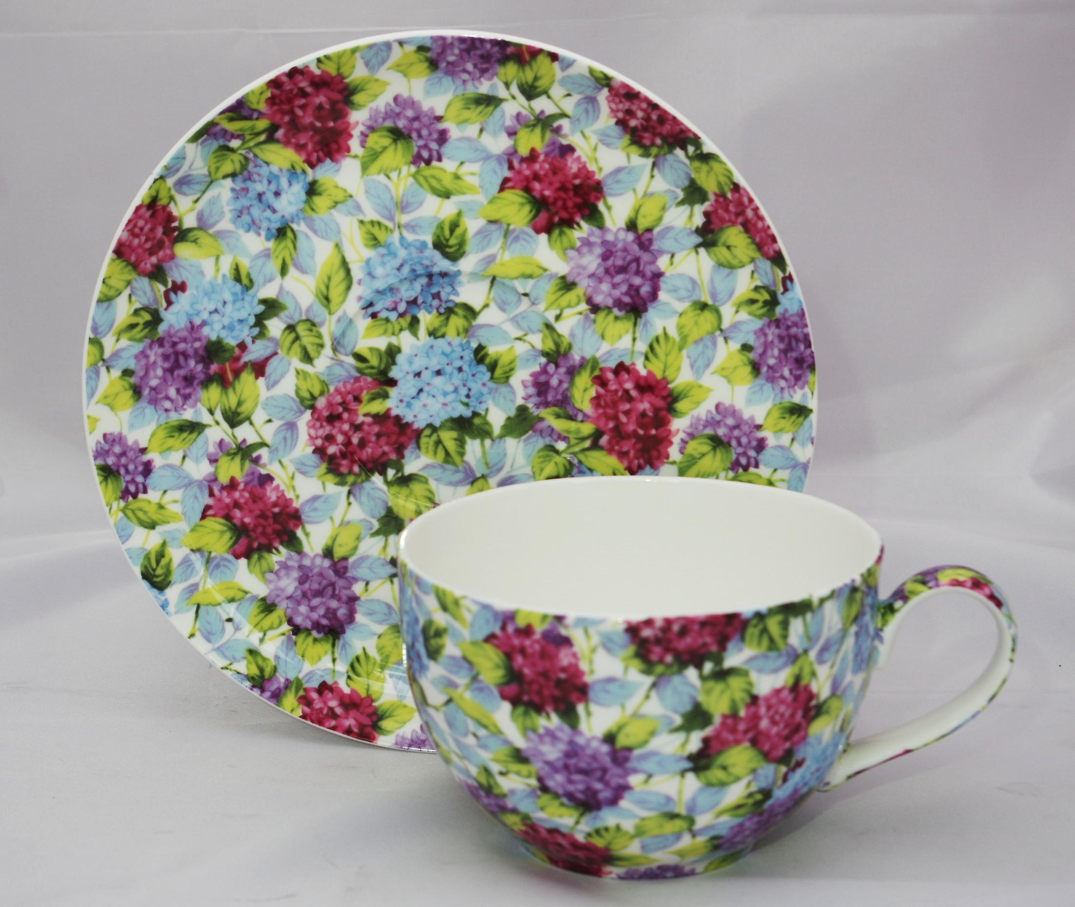 Английский большой чашки костяного фарфора & блюдце Гортензия
