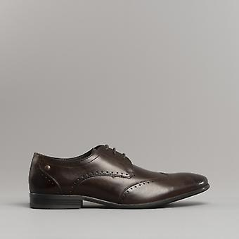 Base London Buckingham menns Leather Wing tips sko vasket brun