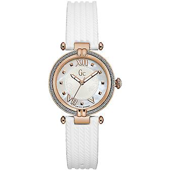 Gc watches ladychic watch for Women Analog Quartz with Silicone bracelet Y18004L1
