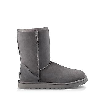 Ugg Women & apos;s Classic Short Ii Suede Boots