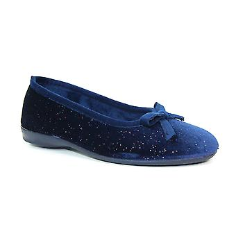 Lunar Bevel Bow Pump Slipper