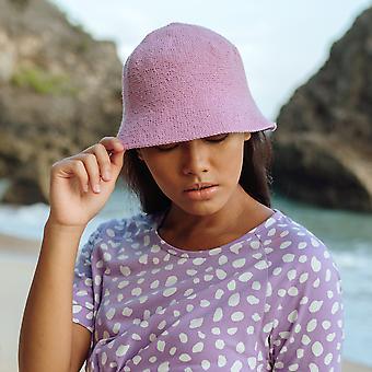 دلو قبعة