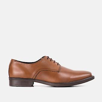 Sapato de derby de couro bronzeado taylor