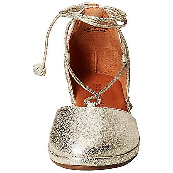 Gentle Souls Womens Nerissa Round Toe Ankle Wrap Wedge Pumps