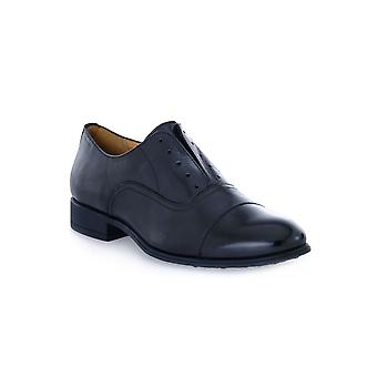 Black Syrian shoes