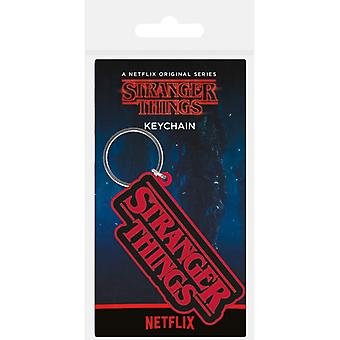 Stranger Things Logo Gummi Nyckelring