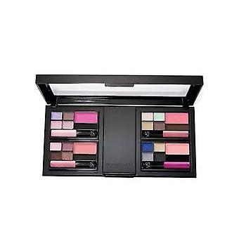 Victoria's Salainen Supermalli Essential Ultimate Make-Up Kit