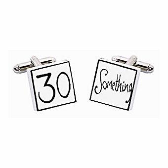 30 jotain kalvosinnapit Sonia Spencer esityksen lahjapakkauksessa. Käsin maalattu
