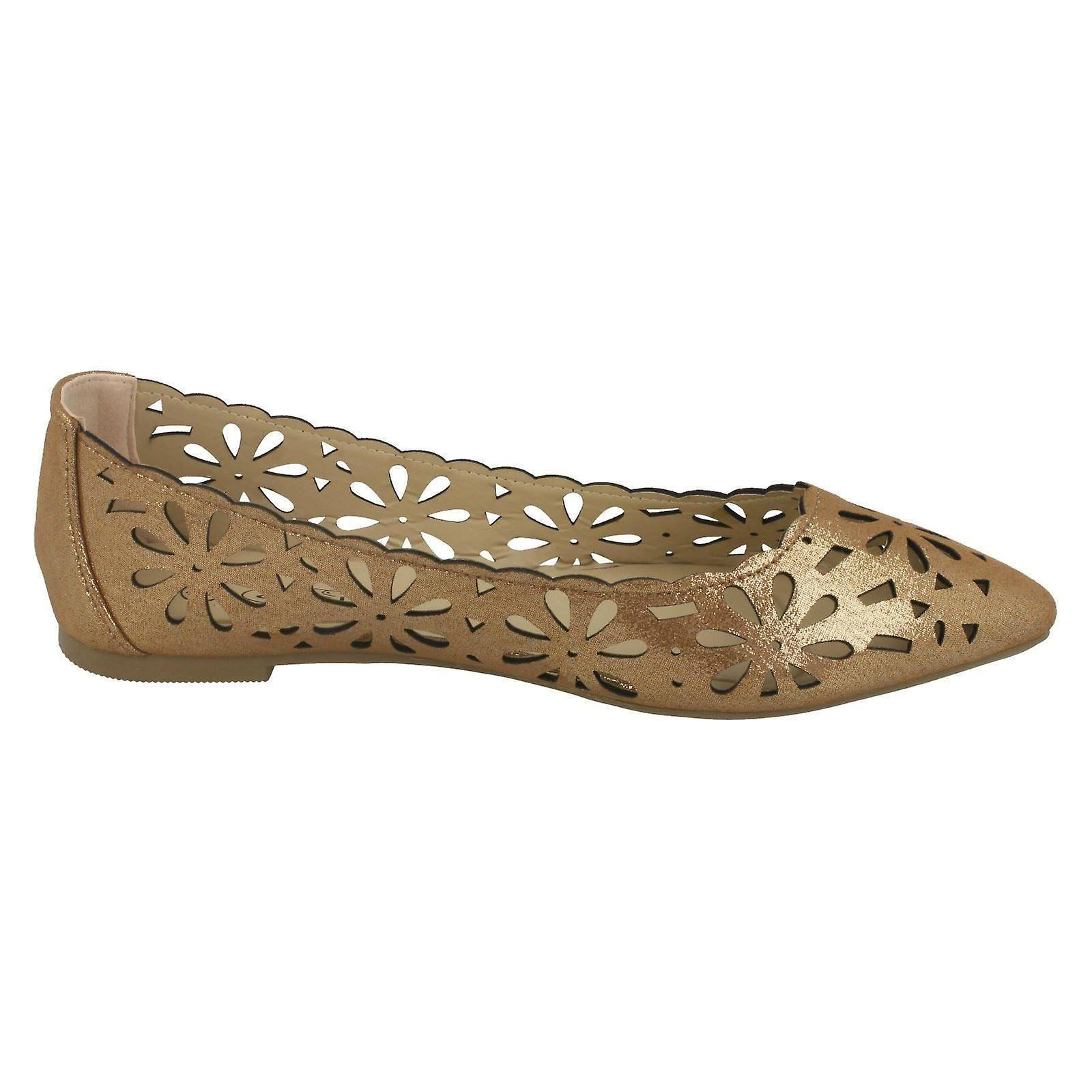 Ladies Spot On Flower Cut Out Ballerinas F80390