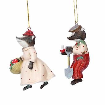 Gisela Graham Resin Mr & Mrs Badger Decorations |Handpicked Gifts