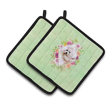 Bichon Fris� #1 Green Flowers Pair of Pot Holders