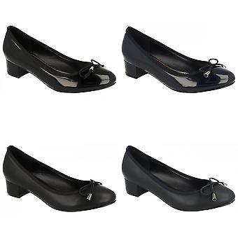 Fläck på Womens/damer mitten av hälen domstolen skor med elastisk rosett