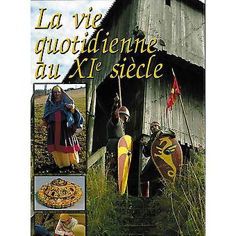 Clothing and Daily Life in the 12th Century - 9782840482802 Book