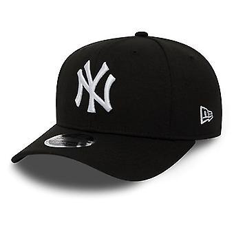 New Era New York Yankees Stretch Snap 9Pięćdziesiąt Czapka w kolorze czarnym