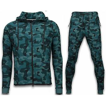 Windrunner Camo Tracksuits - Camouflage Jogging Suit - Green