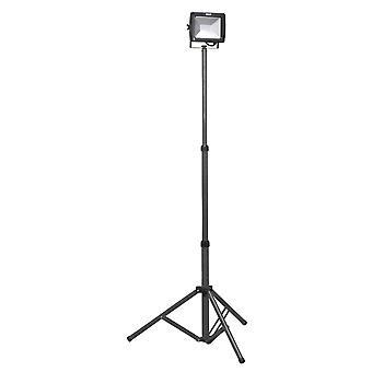 Sealey Led102 Telescopic Floodlight 20W Smd Led 230V