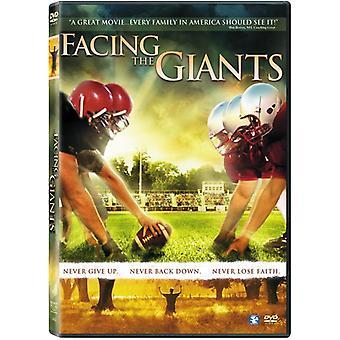 Edessä Giants [DVD] USA-tuonti