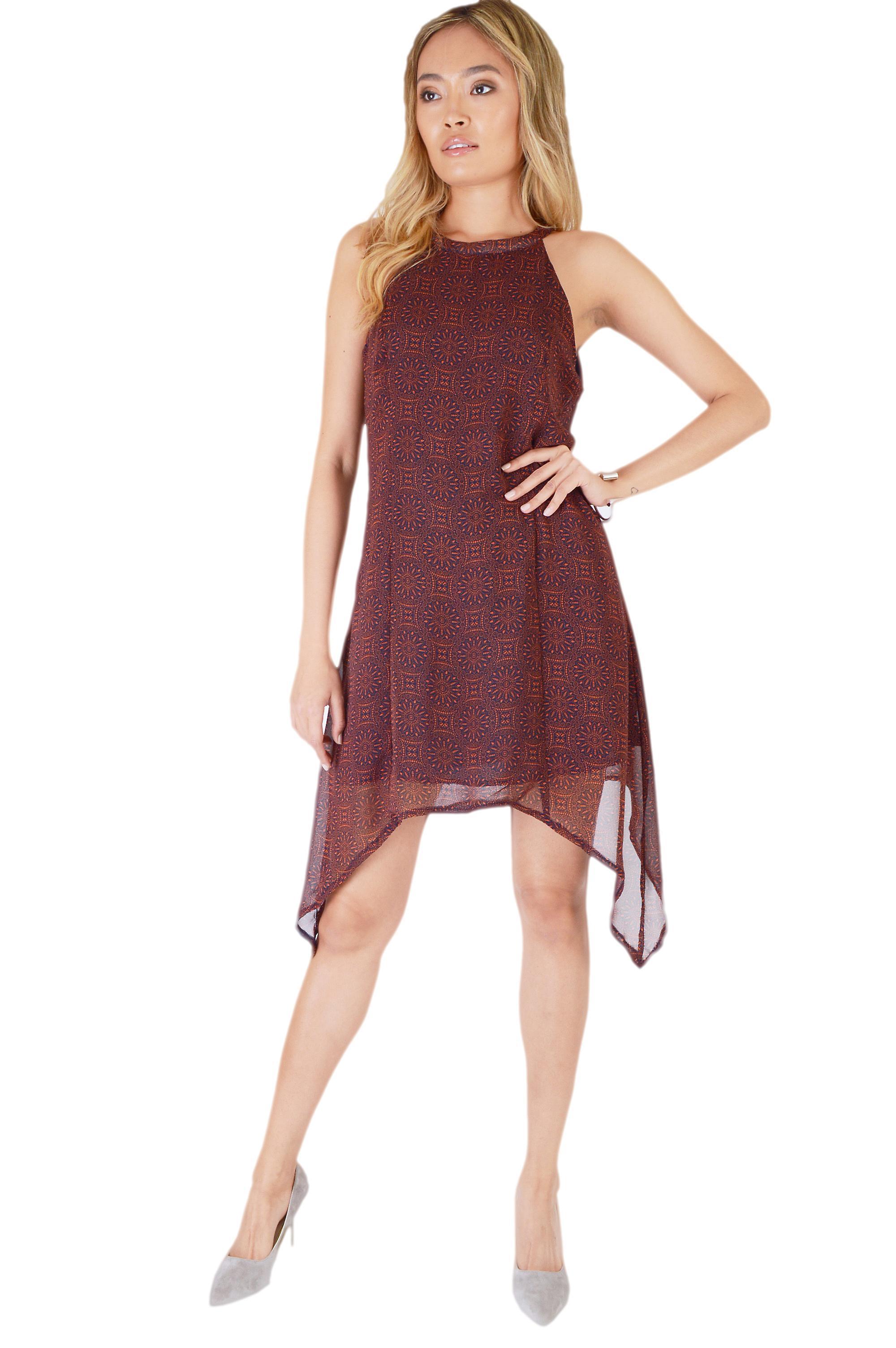 Danity Maroon Chiffon Dress With Curved Hemline