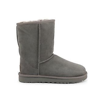 UGG - أحذية - أحذية الكاحل - CLASSIC_SHORT_II_1016223_GREY - السيدات - رمادي - الاتحاد الأوروبي 36