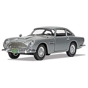 Aston Martin DB5 van James Bond Casino Royale