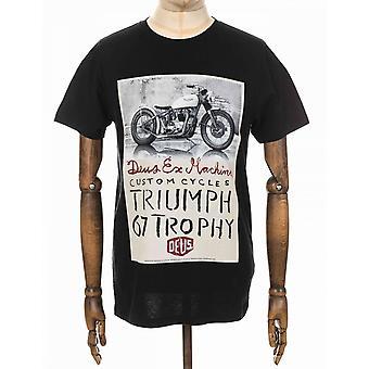 Deus Ex Machina Triumph Trophy Tee - Black