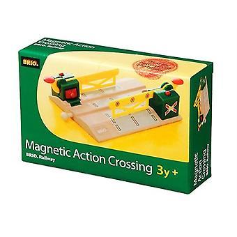 BRIO 33750 magnetische Aktion Kreuzung