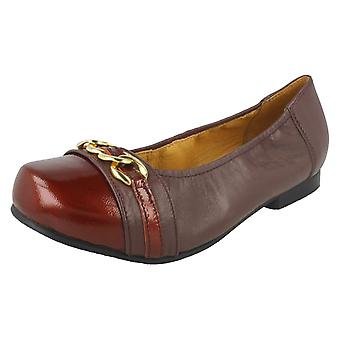 Ladies Easy B Slip On Shoes Piccadilly