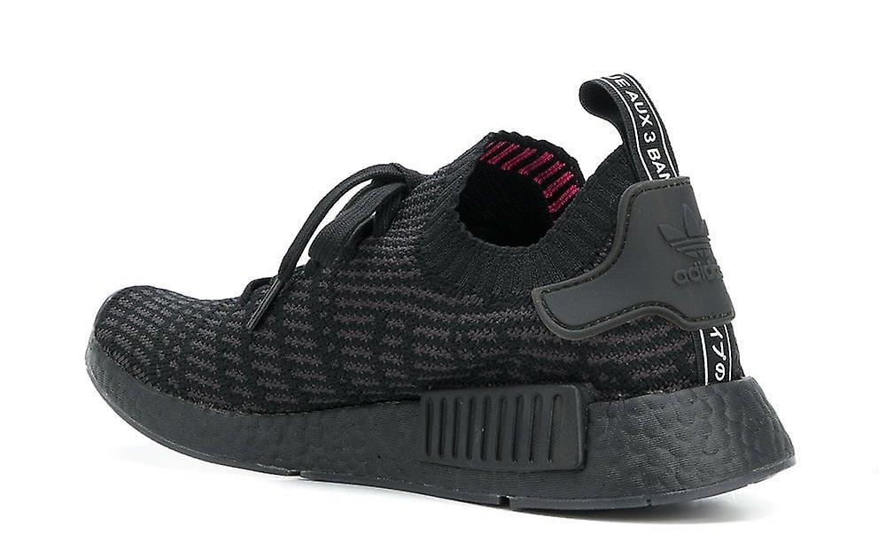 NMD_R1 STLT Core Black Sneakers