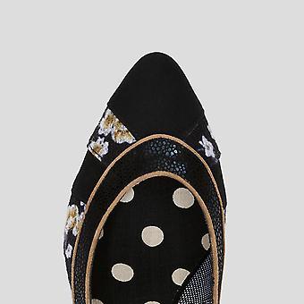 روبي شو المرأة & s دافني أحذية المحكمة مدببة ومطابقة حقيبة الدار البيضاء