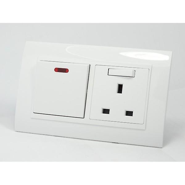 I LumoS AS Luxury White Plastic Arc Double 20A Switch with Switched 13A UK Socket
