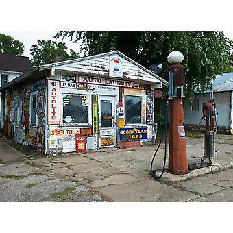 Wallpaper Mural Old Vintage Retro Gas Station