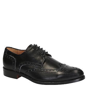 Cuir noir dessus d'aile complète brogues chaussures à la main
