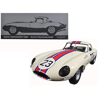 Jaguar Lightweight E-Type Qvale Sebring #23 White 1/18 Diecast Model Car par Paragon