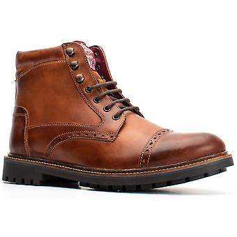 Basis Londen Mens Quail Burnished Lace Up Brogue Boot Tan