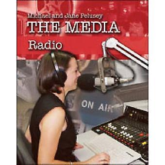 Radio by Michael Pelusey - Jane Pelusey - 9780791088012 Book