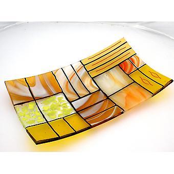 Eine rechteckige verschmolzene Glasplatte