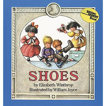 Kengät: Elizabeth Winthrop & Illustrated-tekijä William Joyce